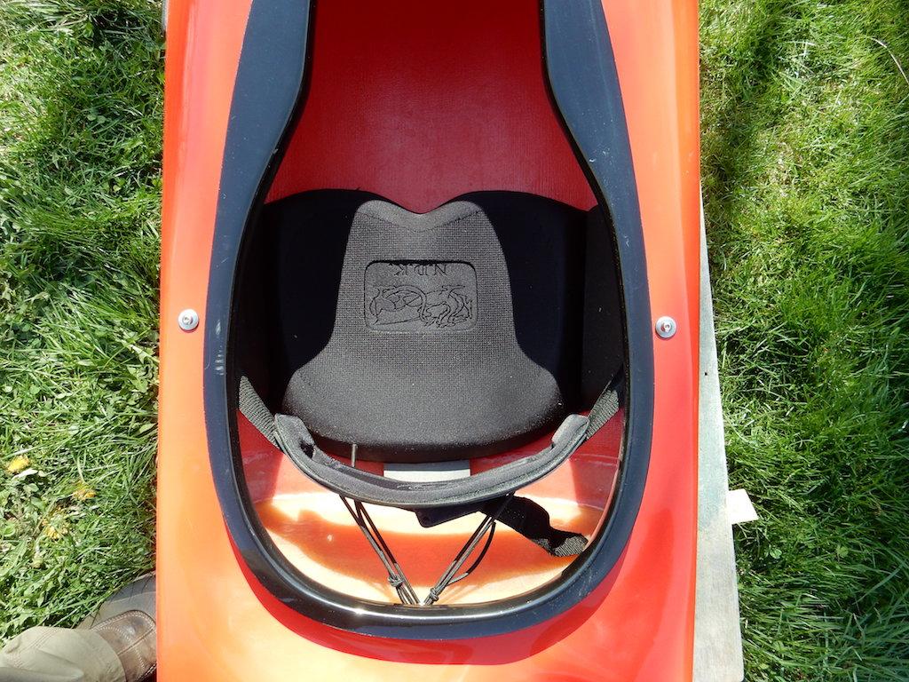 Romany LV foam seat